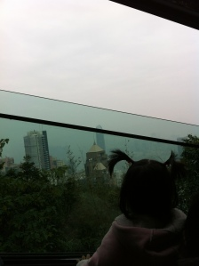 the peak again the very next morning with qiuhong and her family! feel like a tourist all over again haha
